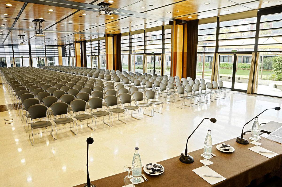 Organisation d'un seminaire séminaire en europe pour entreprise : Séminaire à Barcelone - image 4