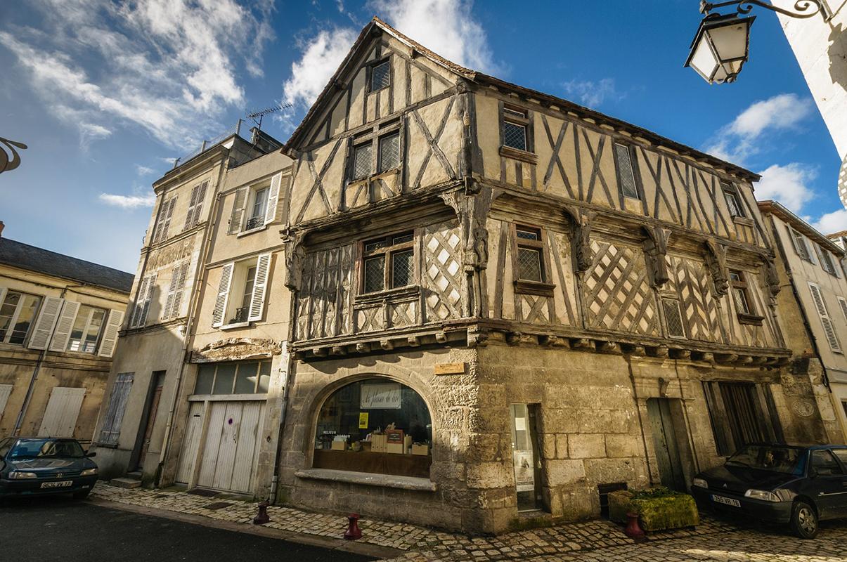 Organisation d'un seminaire séminaire à la campagne pour entreprise : Séminaire à Cognac - image 1