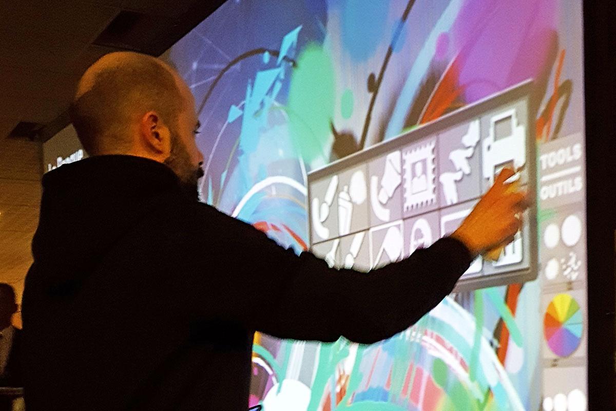 Organisation d'une animation de soirée soirée artistique pour entreprise : Graff numérique - image 3