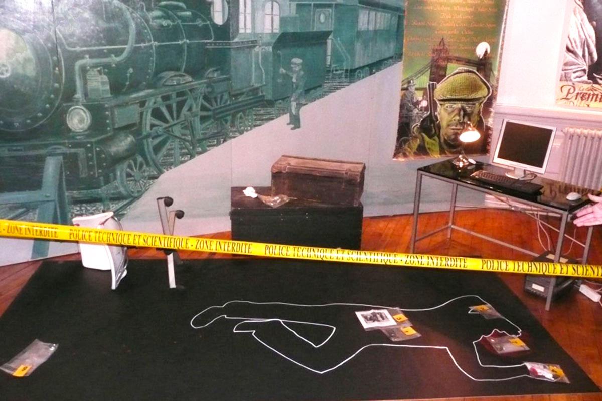Organisation d'une animation de soirée soirée enquête pour entreprise : Enquête policière «Sherlock Holmes» - image 1