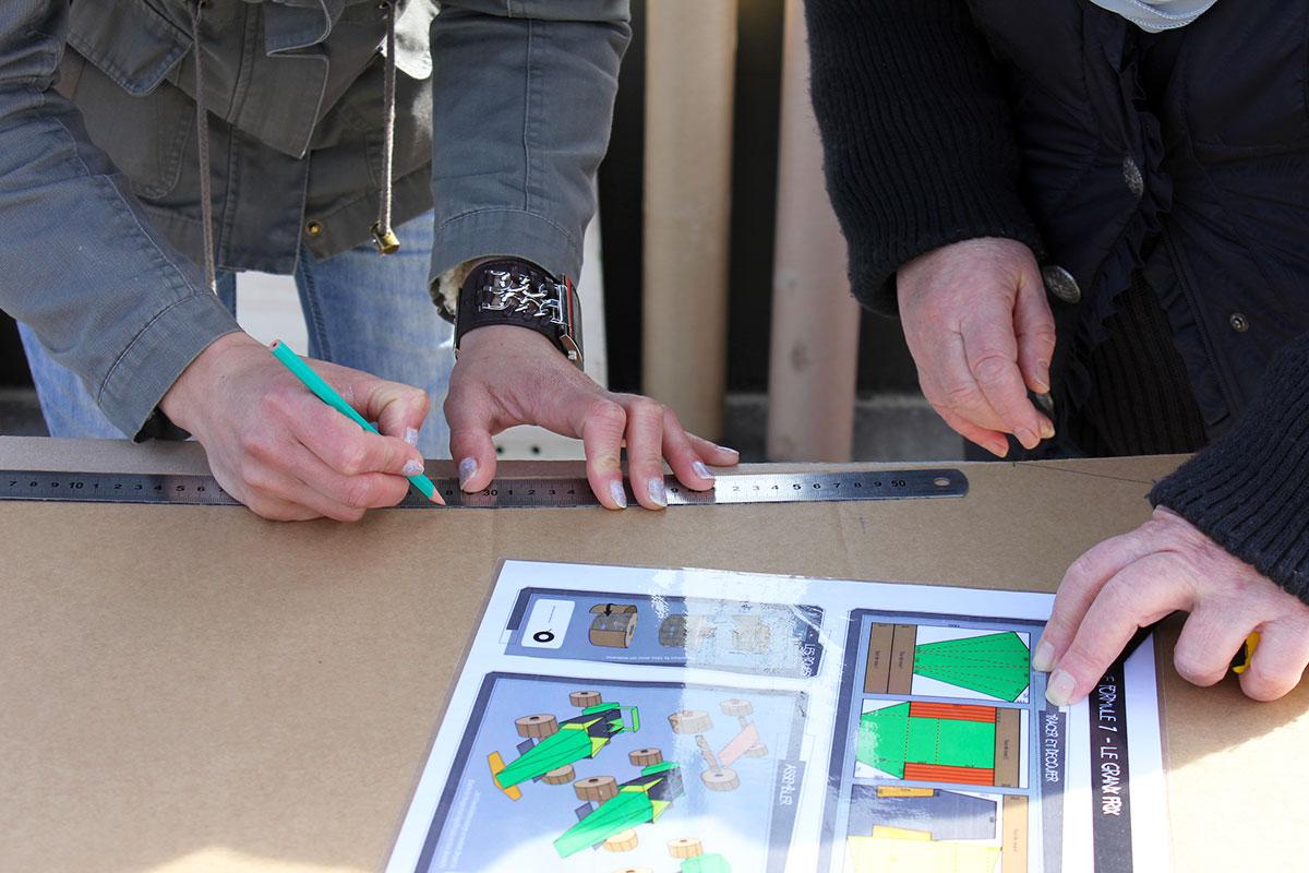 Organisation d'un team building développement durable pour entreprise : Team Building construction carton - image 7