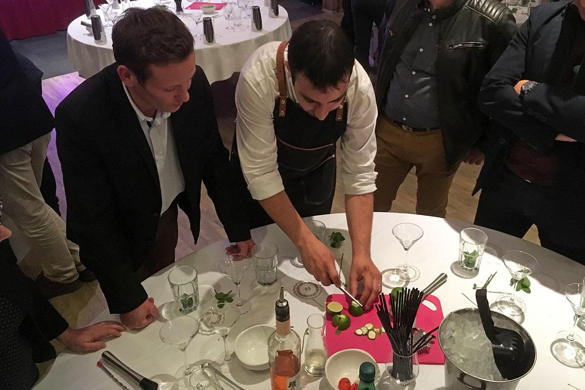 Organisation d'un team building gastronomie pour entreprise : Challenge création de cocktails - image 2