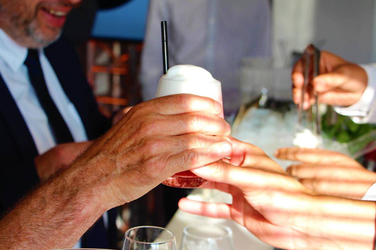 Organisation d'une animation de soirée soirée gastronomie pour entreprise : Barman Night - image 2