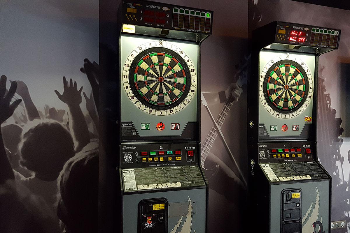 Organisation d'une animation de soirée soirée jeux pour entreprise : Jeux de bar et jeux vidéos - image 1