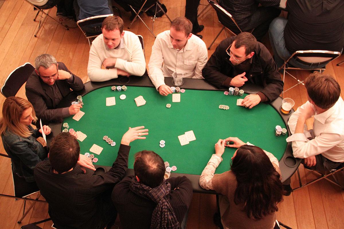 Organisation d'une animation de soirée soirée jeux pour entreprise : Poker - image 2